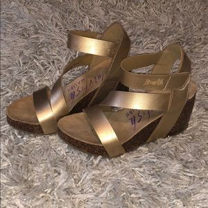 Strappy Gold Wedges Size 8